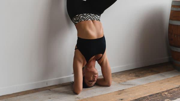 Live-streaming-yoga-von-zu-hause-aus